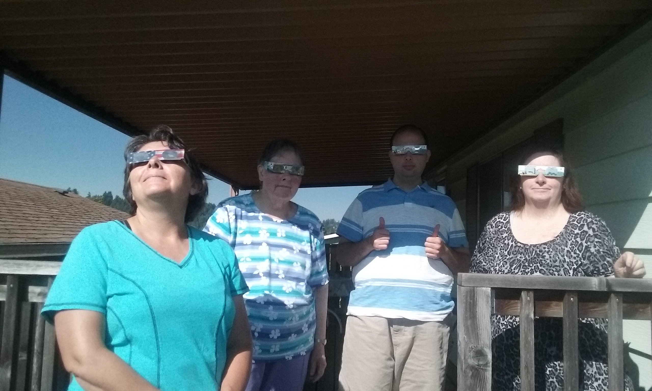 Maggie family eclipse 2017
